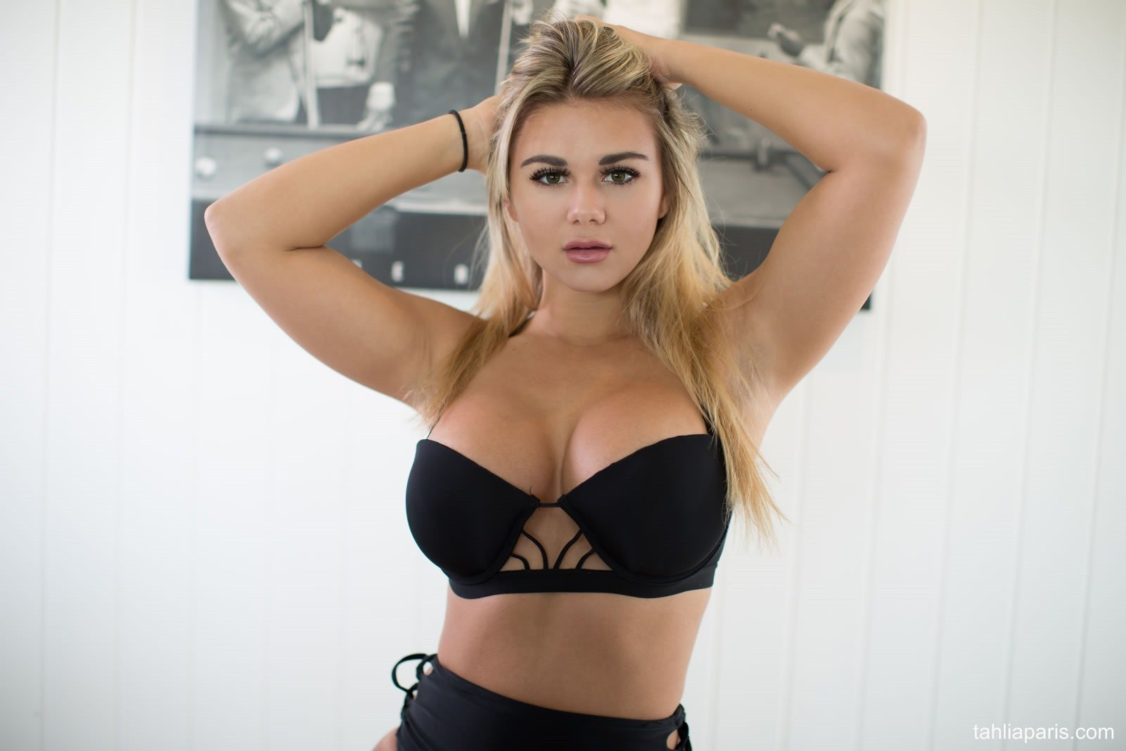 ... - Fine Hotties - Hot Naked Girls, Celebrities, and HD Porn Videos