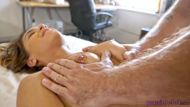 Uma Jolie Massage Fuck - Fine Hotties - Hot Naked Girls ...