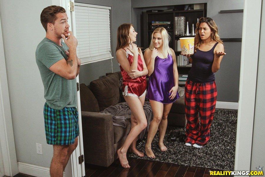 Hotties naked girls per cent